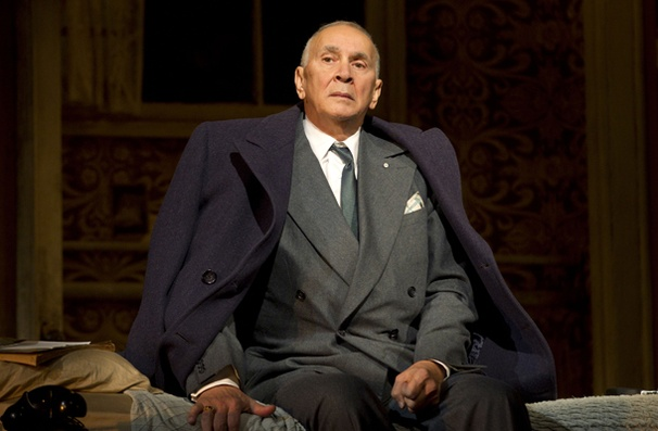 Show Photos - Man and Boy - Frank Langella