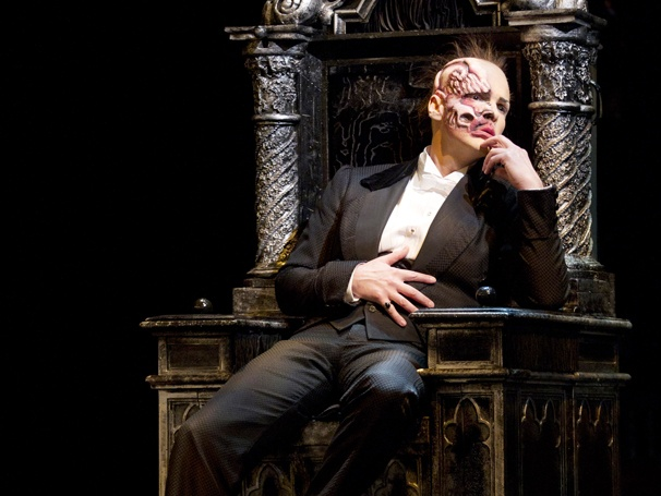 Broadway Com Photo 4 Of 11 Phantom Of The Opera New Cast Show Photos