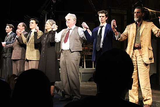 Death of a Salesman - Philip Seymour Hoffman, Bill Camp, Linda Emond, Finn Wittrock, Andrew Garfield