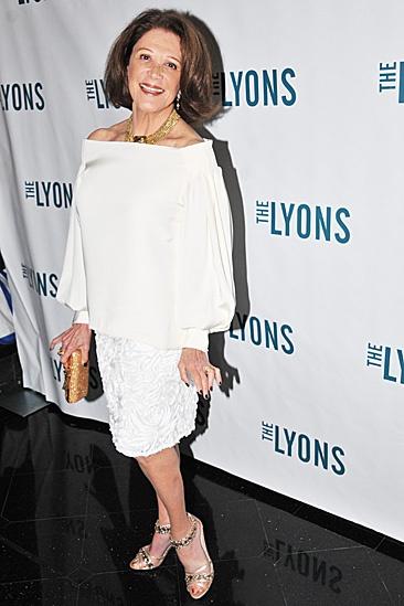Lyons Opening- Linda Lavin
