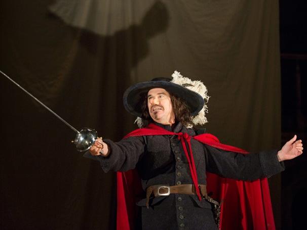 Show Photos - Cyrano de Bergerac - Douglas Hodge
