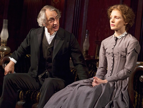 Show Photos - The Heiress - David Strathairn - Jessica Chastain