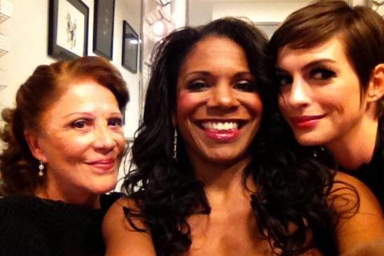 Anne Hathaway Cabaret Concert – Linda Lavin – Audra McDonald – Anne Hathaway