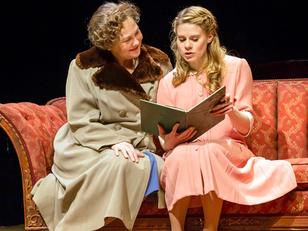 Show Photos - Glass Menagerie - Cherry Jones - Celia Keenan-Bolger