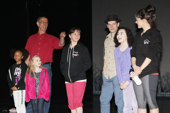 Matthew Morrison at Annie – Lilla Crawford