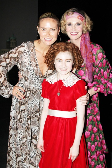 Annie- Heidi Klum- Lilla Crawford- Jane Lynch