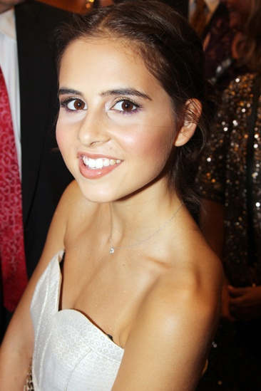 'First Date' Opening — Carly Rose Sonenclar