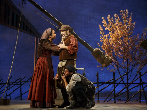 Broadway Com Photo 14 Of 15 Fiddler On The Roof Show