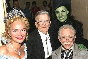 Munchkin at Wicked - Kristin Chenoweth - Meinhardt Raabe - Idina Menzel - Joel Grey