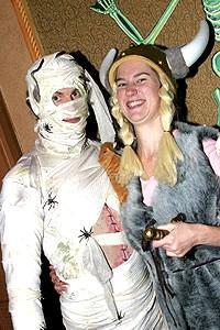 Avenue Q Halloween - Leo Daignault - Phoebe Kreutz