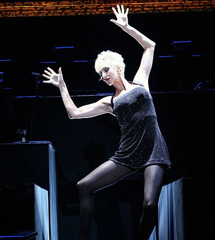 Chicago - Show Photo - Amra-Faye Wright (jazz hands)