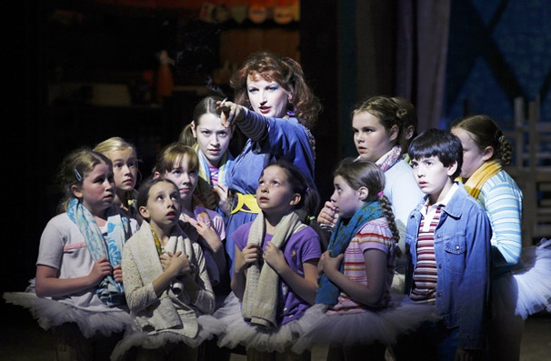 Show Photos - Billy Elliot - Kate Hennig - Alex Ko