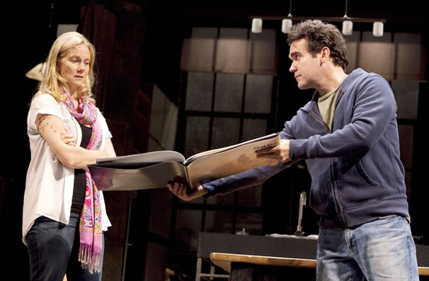 Time Stands Still - Show Photos - Laura Linney - Brian d&#39;Arcy James
