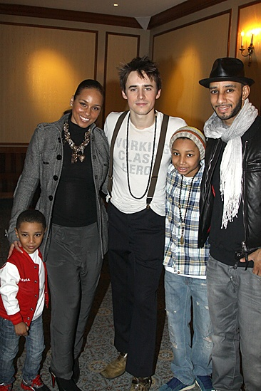 Spiderman Efron  Alicia Keys  Reeve Carney  Swizz Beatz  kids