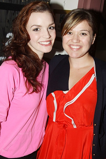 Spidey Kelly Clarkson – Jennifer Damiano -  Kelly Clarkson