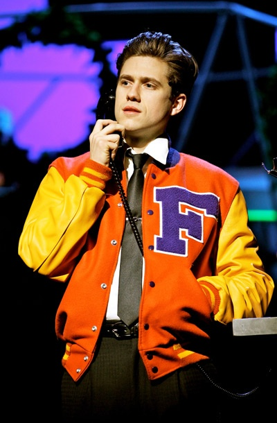 Show Photos - Catch Me If You Can - Aaron Tveit