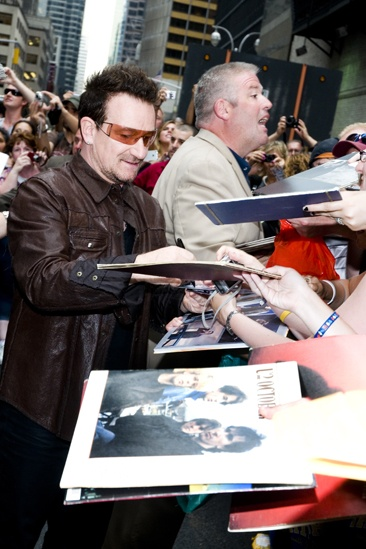 Spider-Man Letterman – Bono