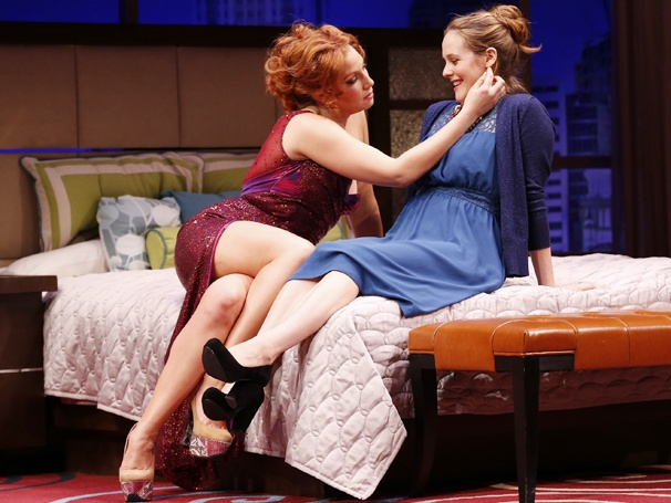 Show Photos - The Performers - Ari Graynor - Alicia Silverstone
