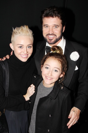Chicago – Miley Cyrus Visits – Miley Cyrus – Noah Cyrus – Billy Ray Cyrus