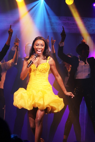 The Bodyguard opening night – Heather Headley (yellow dress)