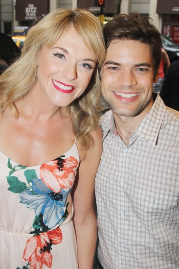 'First Date' Opening — Ashley Spencer — Jeremy Jordan