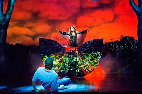 <i>Big Fish</i>: Show Photos - Big Fish - Norbert Leo Butz - Ciara Renee