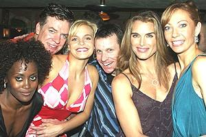 Brooke Shields in Chicago - Brooke and gang