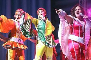 Pawk/Dossett Mamma Mia party - Judy McLane - Michele Pawk - Olga Merediz