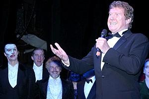 Phantom Record Breaking Party - Michael Crawford (curtain)