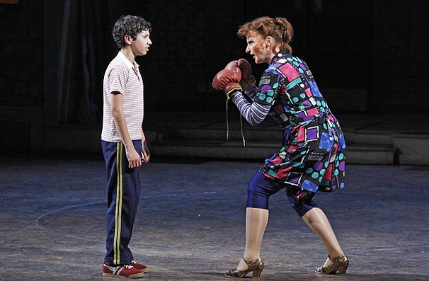 Show Photos - Billy Elliot - Dayton Tavares - Kate Hennig
