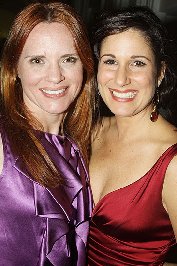 Elf opens - Jennifer Laura Thompson - Stephanie J. Block
