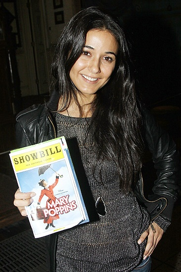 Chriqui Poppins - Emmanuelle Chriqui