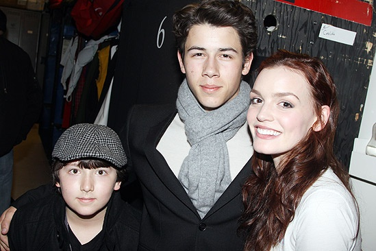 Nick Jonas Spidey - Frankie Jonas - Nick Jonas - Jennifer Damiano