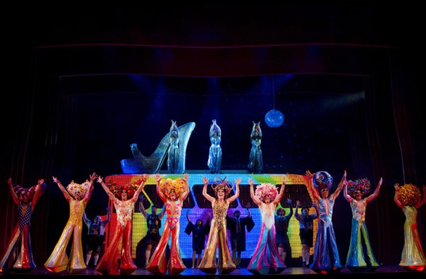 Show Photos - Priscilla Queen of the Desert - cast 1