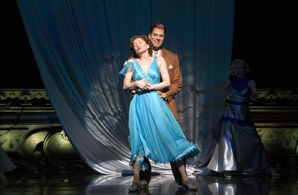 Show Photos - People in the Picture - Donna Murphy as Donna Murphy - Christopher Innvar