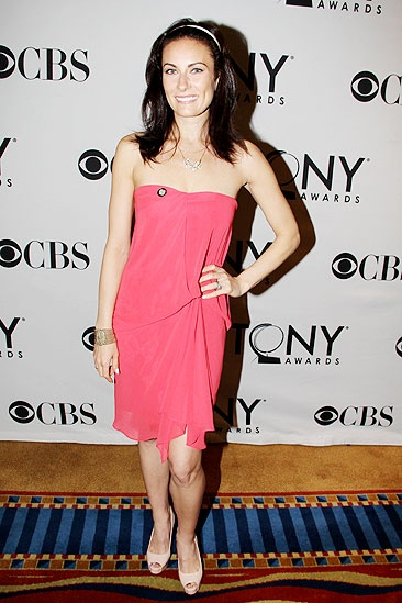 Tony Brunch - Laura Benanti