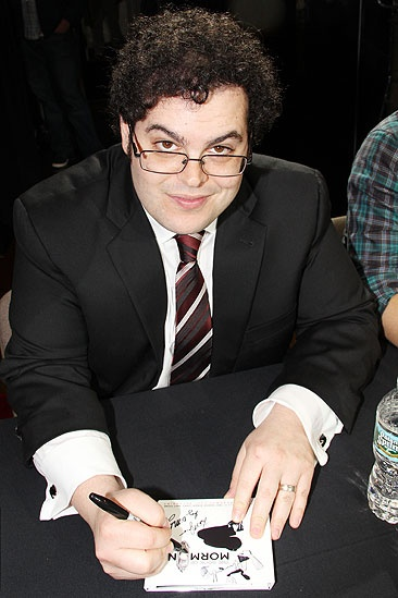 Mormon signing  Josh Gad