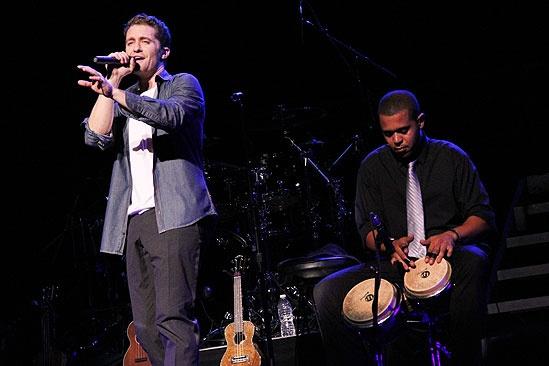 Matthew Morrison Beacon Theatre Concert – Matthew Morrison – Peter Matthews