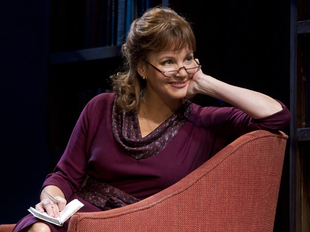 Show Photos - The Columnist - Margaret Colin