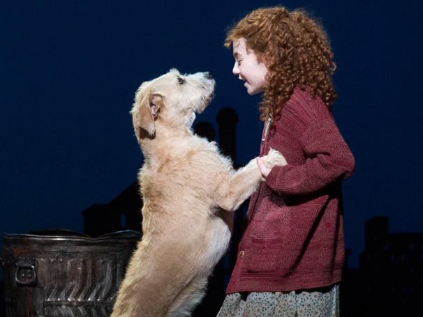 Show Photos - Annie - Sunny - Lilla Crawford