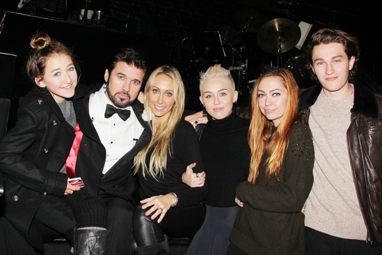 Chicago – Miley Cyrus Visits – Noah Cyrus – Billy Ray Cyrus – Tish Cyrus – Miley Cyrus – Brandi Cyrus – Braison Cyrus