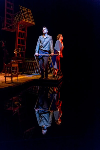 Show Photos - Glass Menagerie - Zachary Quinto - Cherry Jones