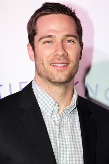 Tie The Knot – Press Event – Luke Macfarlane