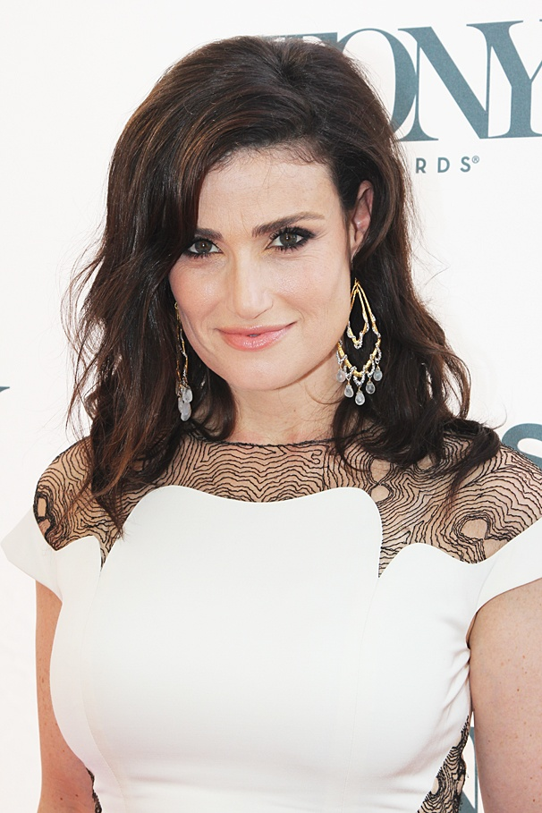 Idina Menzel earned a  million dollar salary - leaving the net worth at 10 million in 2018