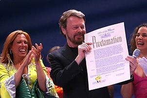Photo Op - Mamma Mia! Fifth Anniversary - cc - Bjorn Ulvaeus