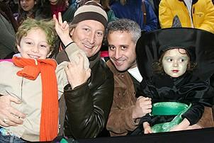 Photo Op - Wicked Day 2006 - Bernie Telsey - (son ) Felix - David Stone - (kid) Grace Albano
