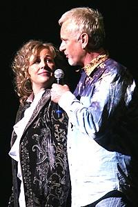 Photo Op - Luke & Laura at Wedding Singer - onstage - Genie Francis - Anthony Geary