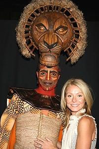 Photo Op - Kelly Ripa at Lion King - Kelly Ripa - Nathaniel Stampley