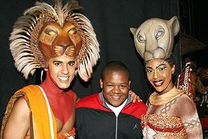 Photo Op - Kyle Massey at The Lion King - Josh Tower - Kyle Massey - Kissy Simmons (smile)