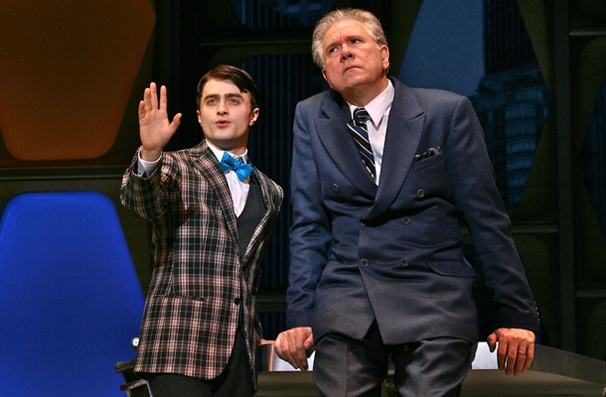 Show Photos - How to Succeed in Business - Daniel Radcliffe - Daniel Radcliffe - John Larroquette